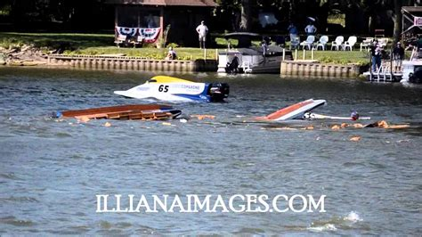 Boat Crash This Weekend by Multi Boat Crash Kankakee River Regatta Boat Race Labor