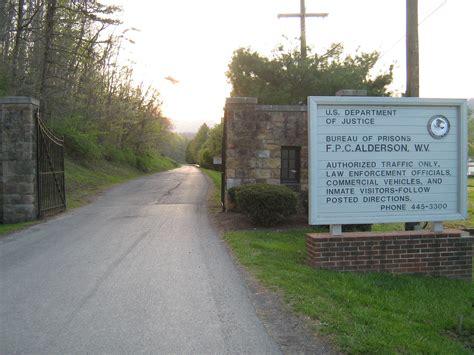 file alderson federal prison c entrance jpg wikimedia