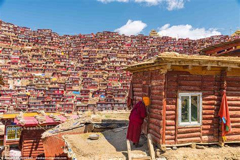 tibetan village  monks study buddhism captured