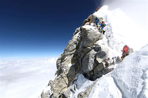 More Ropes To Be Added To Mount Everest To Ease Traffic In
