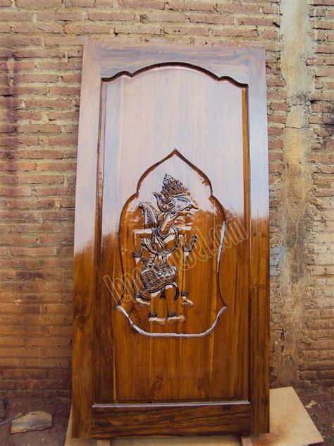 harga model pintu kamar mandi alumunium kaca kayu pvc