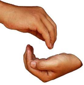 tangan tangan memberi thayyiba