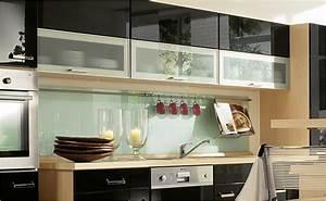 Küche Fliesenspiegel Plexiglas : r ckwandsysteme und fliesenspiegel von hornbach schweiz ~ Markanthonyermac.com Haus und Dekorationen