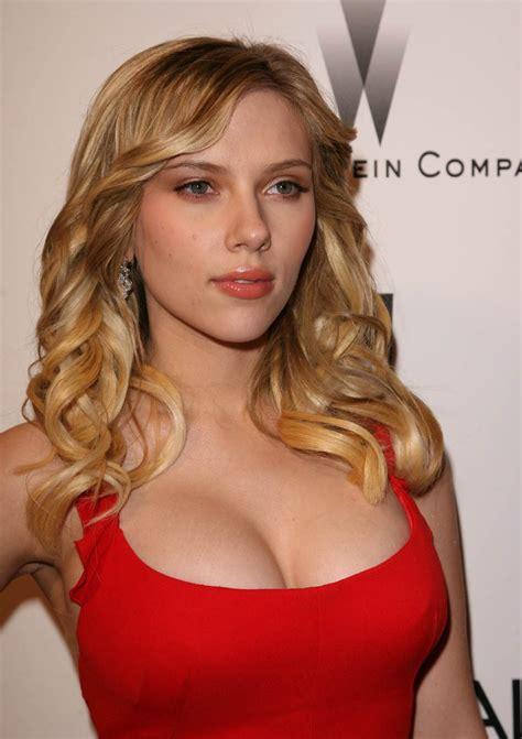 Kyle Richards Halloween 4 by Black Widow Scarlett Johansson P Taringa