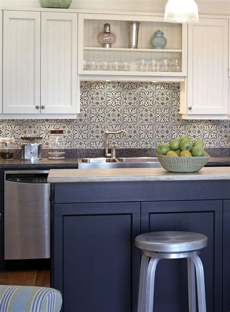 holland collection   white kitchen cabinets