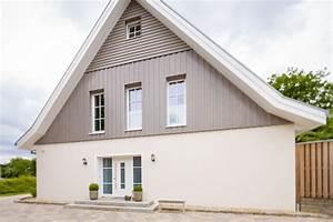 Fassadengestaltung Holz Und Putz : holzverkleidungen streichen lassen vom fachmann ~ Michelbontemps.com Haus und Dekorationen