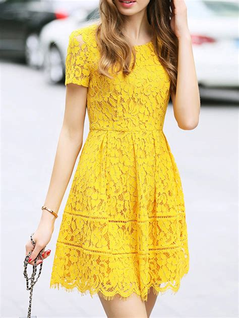 Yellow Lace Dress Outfit