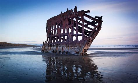 Peter Iredale Shipwreck Oregon Coast - Morrisey Productions