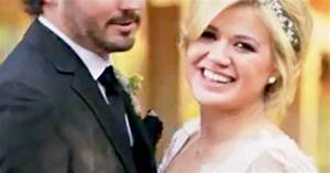 Kelly Clarkson Kisses Brandon Blackstock in Wedding Video ...