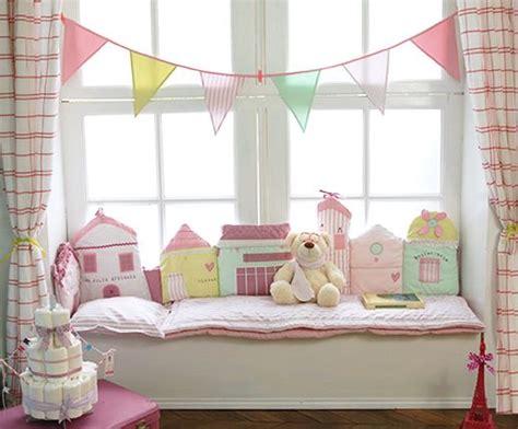 chambre bebe pastel chambre quot dans ma rue quot pastels et maisonnettes sur