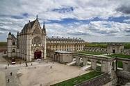 Château de Vincennes Sainte Chapelle Exterior ...