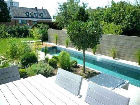 Swimming Pool Kleiner Garten by Swimming Pool Im Garten Swimmingpool Im Garten Msglocal