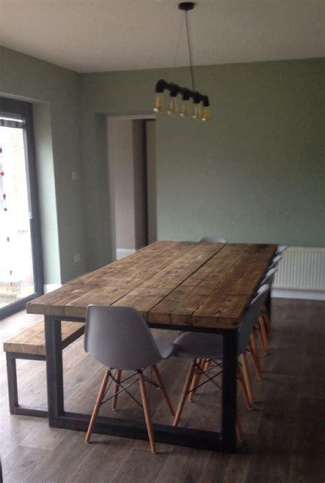 cuisine avec table haute table de cuisine haute avec rangement tectake table haute