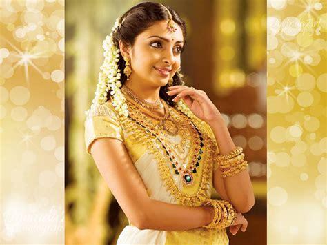 complete jewellery set   kerala hindu wedding