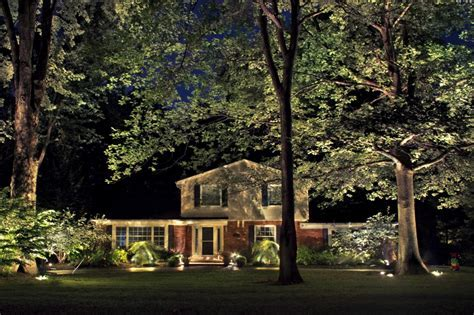 Landscape Lighting for Year Round Enjoyment   Lucia