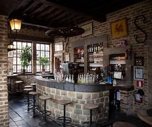 Bar De Maison : fichier photo bar maison wikip dia ~ Teatrodelosmanantiales.com Idées de Décoration