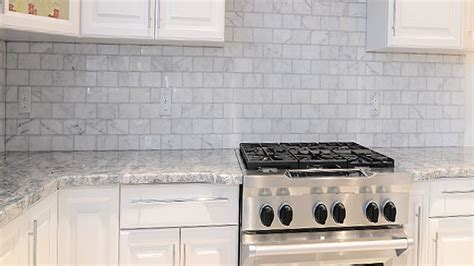 pictures of tile backsplashes in kitchens grey granite