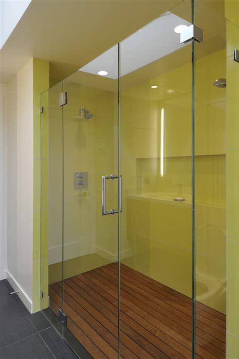 Bathroom Wall Construction Materials by What Is The Shower Wall Material They Look Seamless