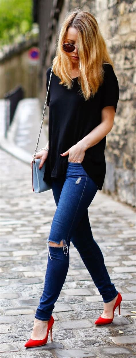 What to Wear with Red Heels? Outfit Ideas for Red Pumps | Fashion Rules
