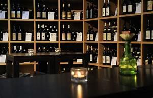 étagère à Bouteilles : images gratuites du vin bar tag re vin rouge bouteille de vin espace de rangement ~ Teatrodelosmanantiales.com Idées de Décoration