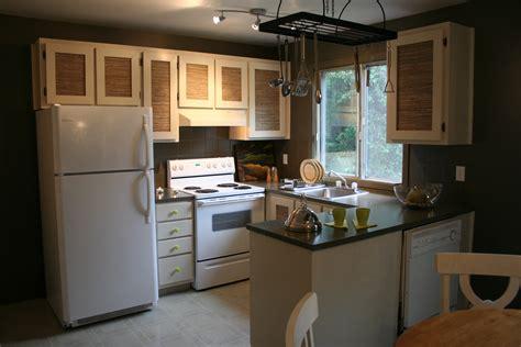 armoires de cuisine usag馥s affordable une cuisine dsute reprsente une grosse lacune voire une entrave la revente de sa proprit on sait que les cuisines reprsentent un point