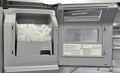 Kitchenaid Fridge Maker Troubleshoot by Kitchenaid Krmf706ebs Refrigerator Review Reviewed