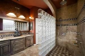 mettons des briques de verre dans la salle de bains With salle de bain asiatique