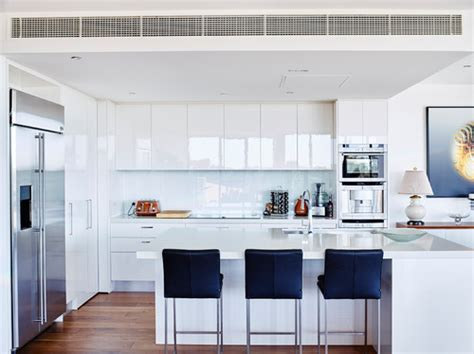 houzz white kitchen cabinets choosing the right finish for new kitchen cabinets 4360