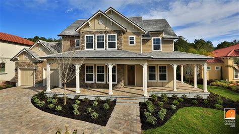 Classic Home : Dreambuilder's Modern Take On The Classic Farmhouse