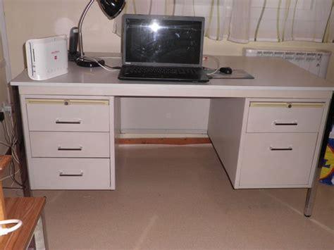 bureau metallique caisson bureau metallique clasf