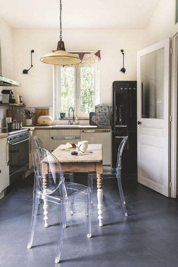 table ancienne et chaises modernes les 25 meilleures idées concernant chaises modernes sur