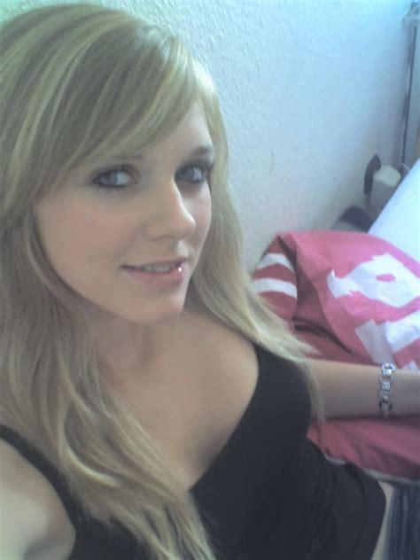 Amateur Hot Cute Nn Sey Young Candid German Teen Face Cum