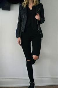 Best 25+ Knee cut jeans ideas on Pinterest | Ripped mom jeans Black shirt blue jeans and ...