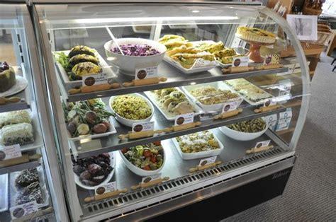 emporium cuisine display picture of momo 39 s food emporium east