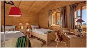 Schlafzimmer Aus Holz : schlafzimmer aus holz gebraucht schlafzimmer house und dekor galerie bdamoypz93 ~ Sanjose-hotels-ca.com Haus und Dekorationen