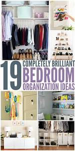 19 bedroom organization ideas for Organizing living room family picture ideas