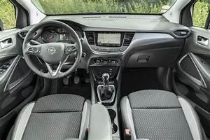 Opel Crossland X Fiche Technique : essai opel crossland x 1 6 diesel 99 ch un bluehdi sous le capot photo 20 l 39 argus ~ Medecine-chirurgie-esthetiques.com Avis de Voitures