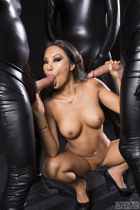 Hot Asian Woman Is Having Wild Sex Photos Asa Akira