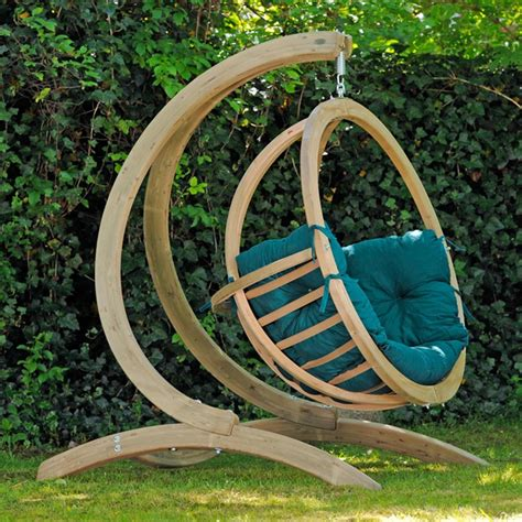 chaise suspendue jardin single globo luxury wooden hanging chair and stand set