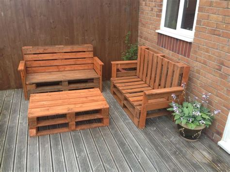 Table Et Chaises En Palettes Recyclées Wood Pixodium Garden Benches And Table Bench Pallet Sofa Table