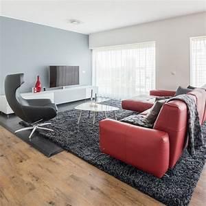 Welche Farbe Zu Lila : rote couch im wohnzimmer welche wandfarbe und co passen dazu ~ Bigdaddyawards.com Haus und Dekorationen