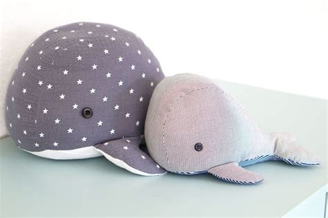 Kleinen wal zum kuscheln selbst nähen. Großer Wal zum Kuscheln | Kuscheltiere nähen anleitung ...