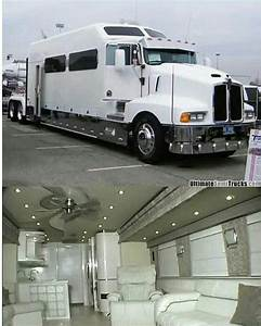 Kenworth Custom T600 With Interior