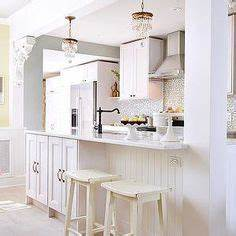 Kitchen island structural post from design is all in the for Kitchen cabinets lowes with 4 murs papiers peints
