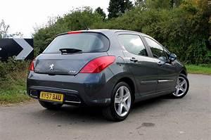 Peugeot 308 2009 : peugeot 308 hatchback 2007 2013 photos parkers ~ Gottalentnigeria.com Avis de Voitures