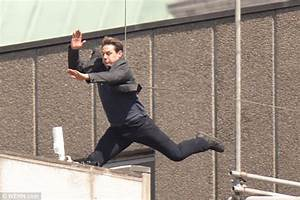 Tom Cruise Broke Ankle On MI6 And Production Halted