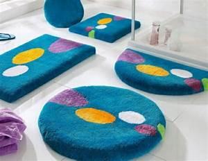 Tapis De Bain Original : les tapis de bain originaux sont ravissants ~ Teatrodelosmanantiales.com Idées de Décoration