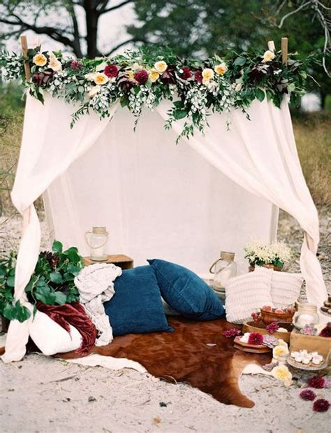 fun outdoor picnic wedding ideas  copy deer pearl