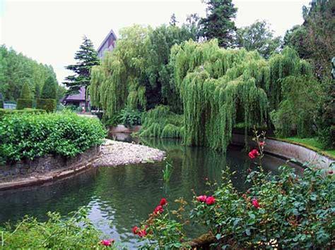national botanic gardens dublin county dublin essential