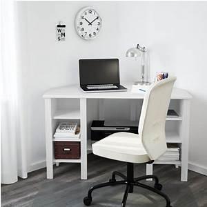 Bureau D Angle Ikea : o trouver un petit bureau d angle clem around the corner ~ Teatrodelosmanantiales.com Idées de Décoration
